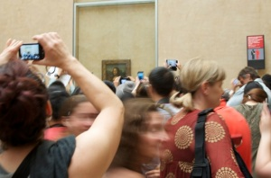 This is what it's like to go see the Mona Lisa.