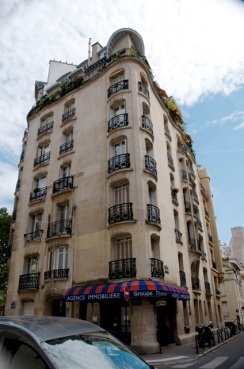 Guimard apartment building